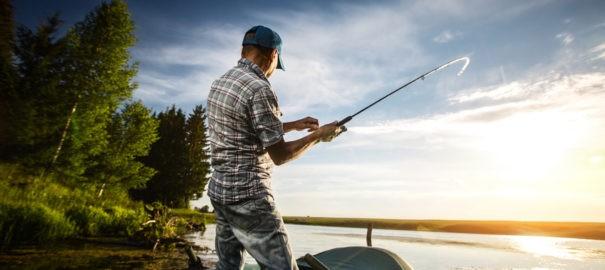 Ponton wędkarski – klucz do udanego pobytu nad wodą